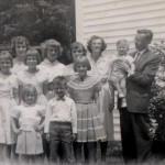 Bissell Family, Velda,  Russell and all 9 children.